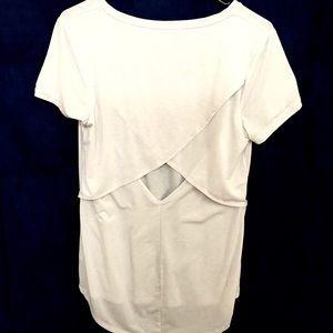 Athleta triangle back T-shirt